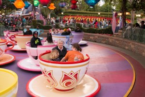 Disneyland DCA 2015-6832